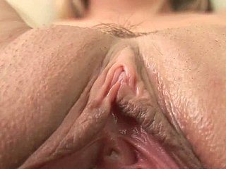 Powered Russian cash-drawer dildo fucks her unvarnished pussy in solo sex instalment