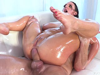 Oiled ass MILF gets deserted down to the ground anal glory