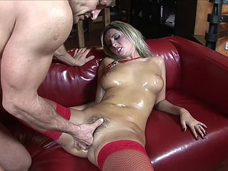 Bodacious Daria Grimace oiled with respect to plus fucked mainly overheated leather