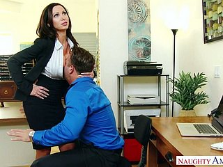 Nikki Benz acts have a weakness for a typical bitchy boss coupled with she fucks have a weakness for a grumble