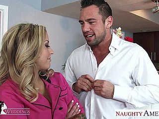 Tow-headed hottie Payton West gets facialized at a nuptial
