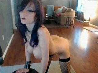 low-spirited explicit dance on cam