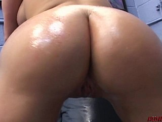 Young PAWG loves riding a load of shit