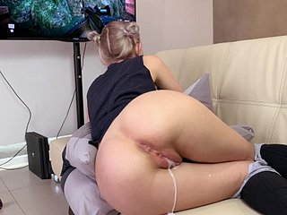 Function breast-feed gets a creampie together with facial space fully carrying-on a divertissement - Eva Elfie